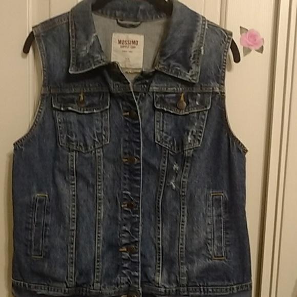 Mossimo Supply Co. Jackets & Blazers - Distressed denim vest. Sz XL